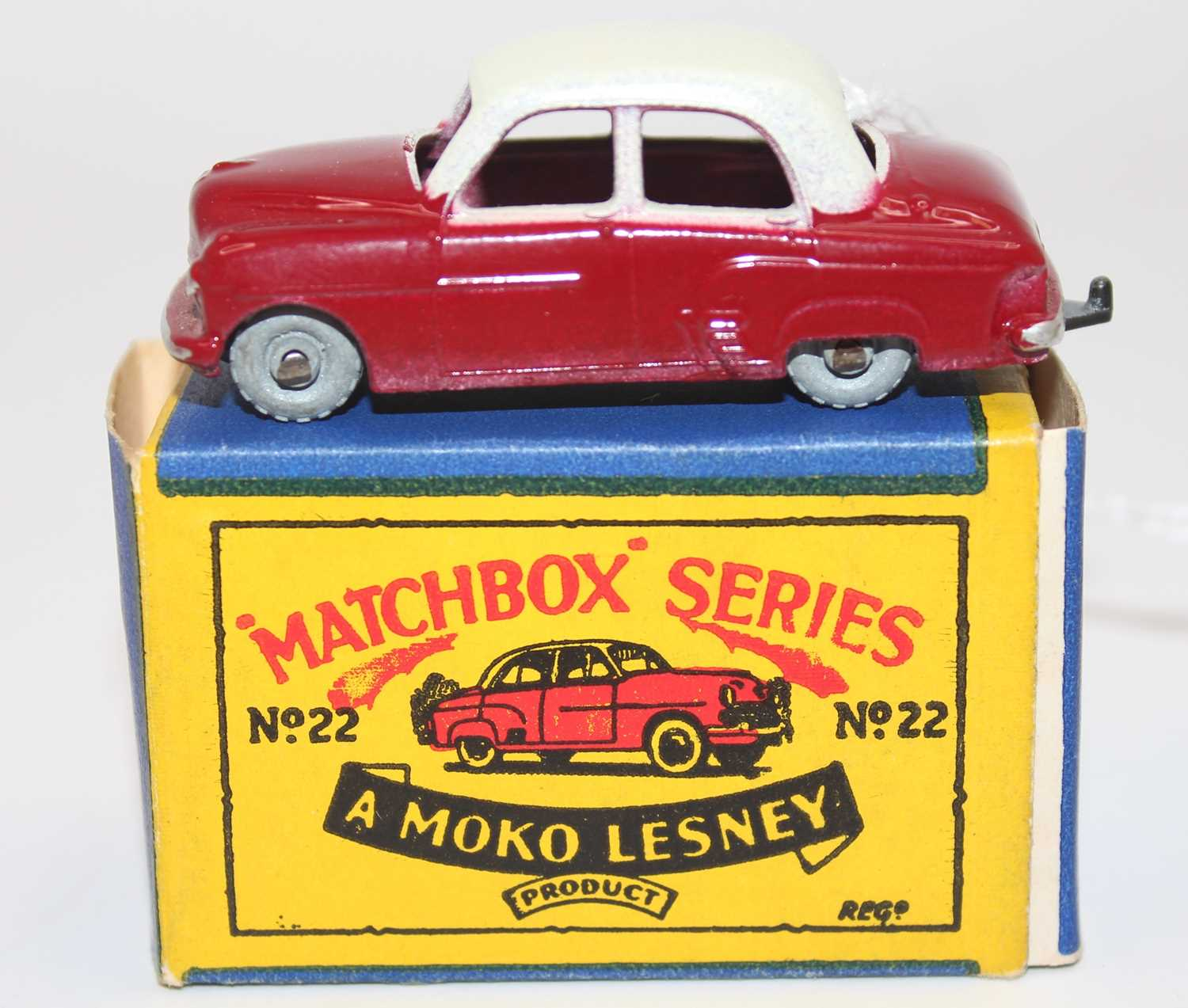 Matchbox series group of 3 models boxed as follows: No.22 Vauxhall Cresta in cream and maroon with - Image 3 of 3