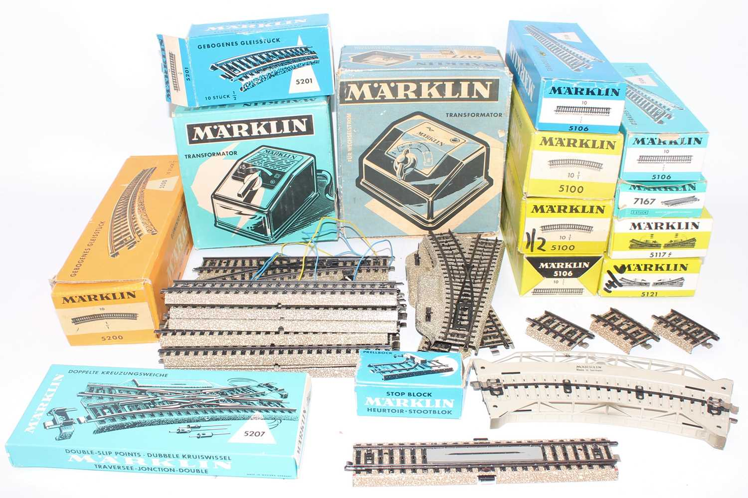 Marklin HO items including 6177 and 6511 transformers with a large quantity of boxed and unboxed