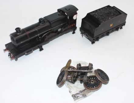 Parts for Bassett Lowke 4-4-0 loco and a complete tender, comprising wheels, bogie, c/w body,