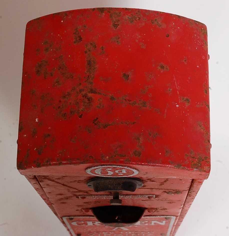 Original Circa 1930s Craven A Cigarette Dispenser/vending Machine, red and silver, suitable for - Image 4 of 5