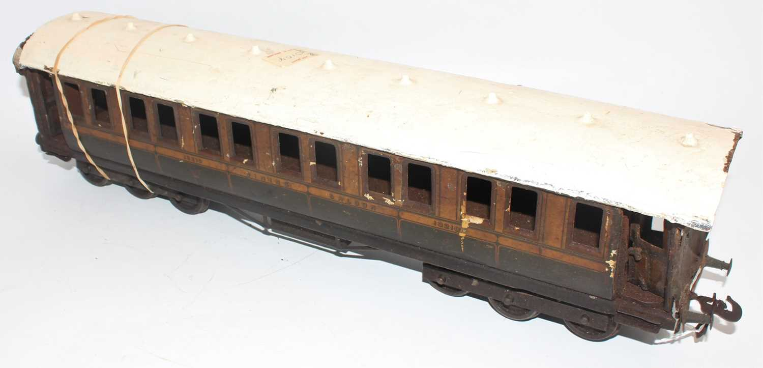 Gauge 1 unidentified make, but could be Marklin dining car no. 13210, 2 x 6 wheel bogies, one - Image 2 of 2