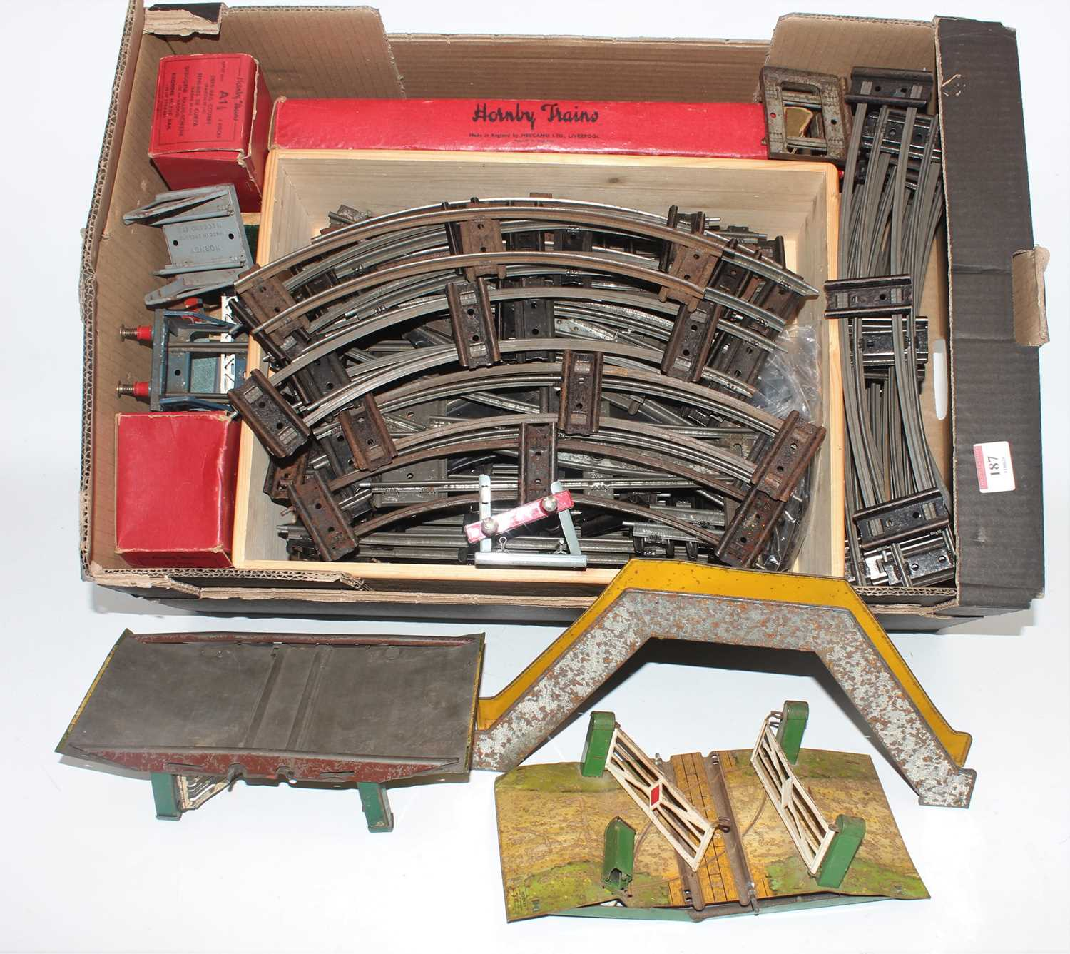 Large tray containing Hornby Clockwork Track, including points, overall G, with a few additional