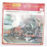 Hornby Railways RS609 Express Passenger Set, with smoke and sound comprising Princess Elizabeth
