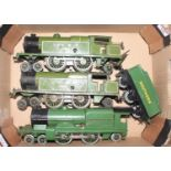 Small tray containing 3 x Hornby 4-4-2 clockwork locos all in need of attention; 2 x LNER tanks 1784