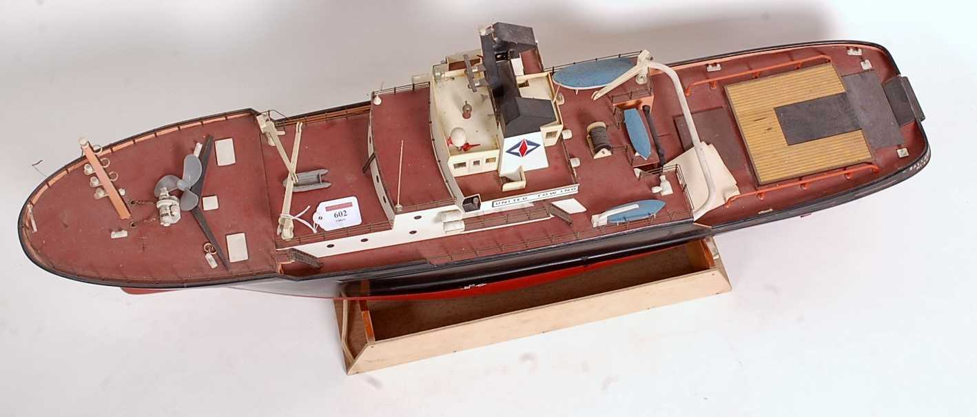 A Graupner (or similar) kit built model of a Salvage United Towing Society tug boat, comprising of - Image 2 of 2