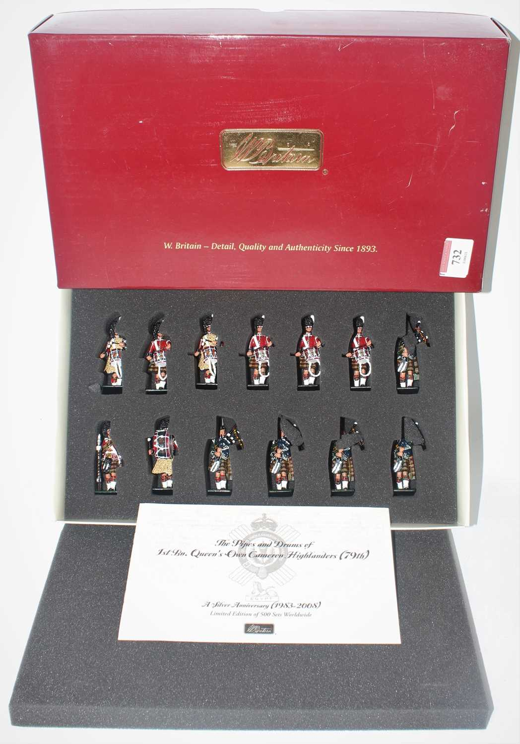 A Britains limited edition collectable modern release no. 48004 Pipes and Drums of the 1st Battalion
