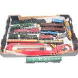 Tray of 00 gauge items:- 3 locos: Evening Star, Duchess of Sutherland and Princess Elizabeth (green)