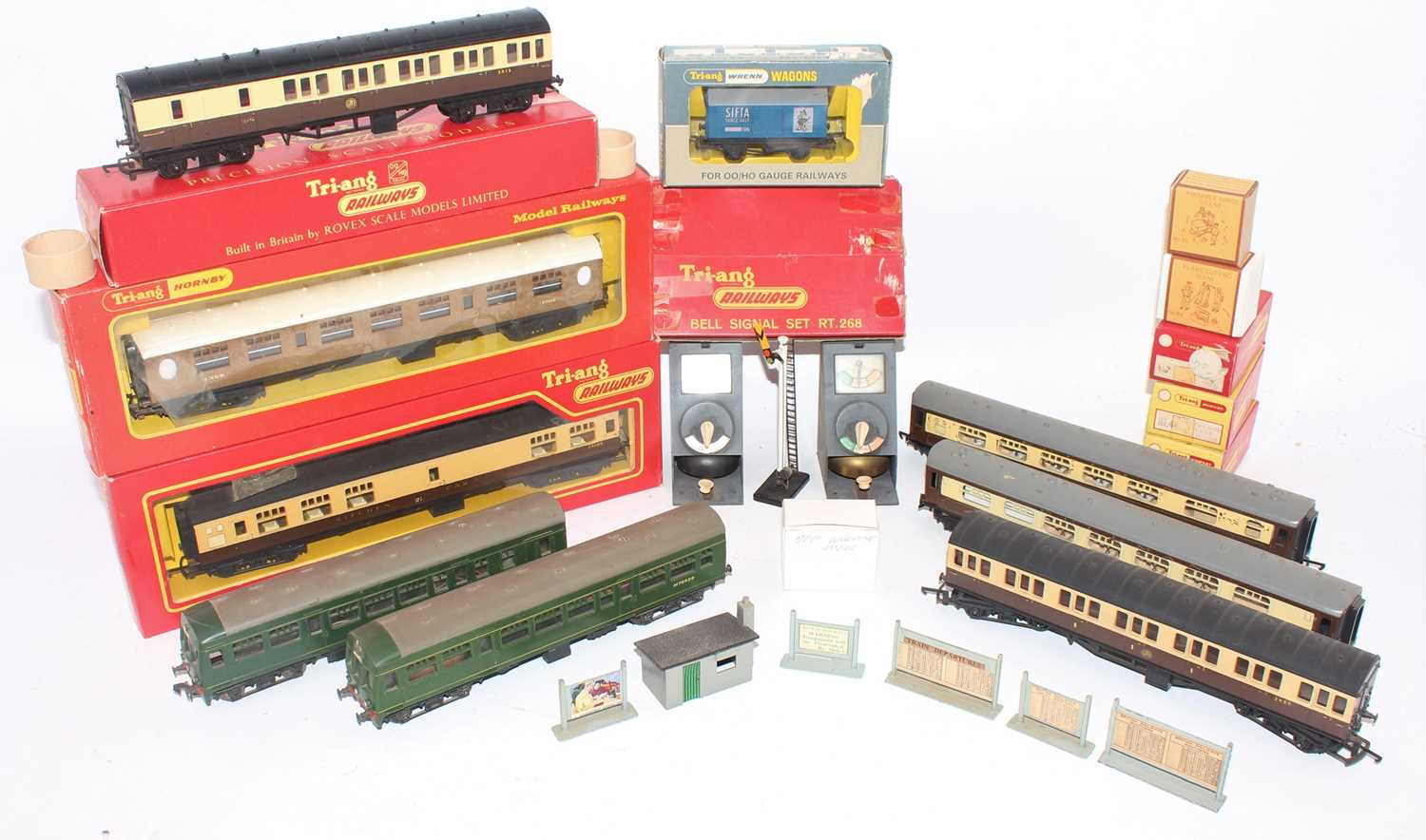 Various mainly Triang items: R268 Bell signal set (G-BF); LNER coach: 3 overpainted GW coaches; 2x
