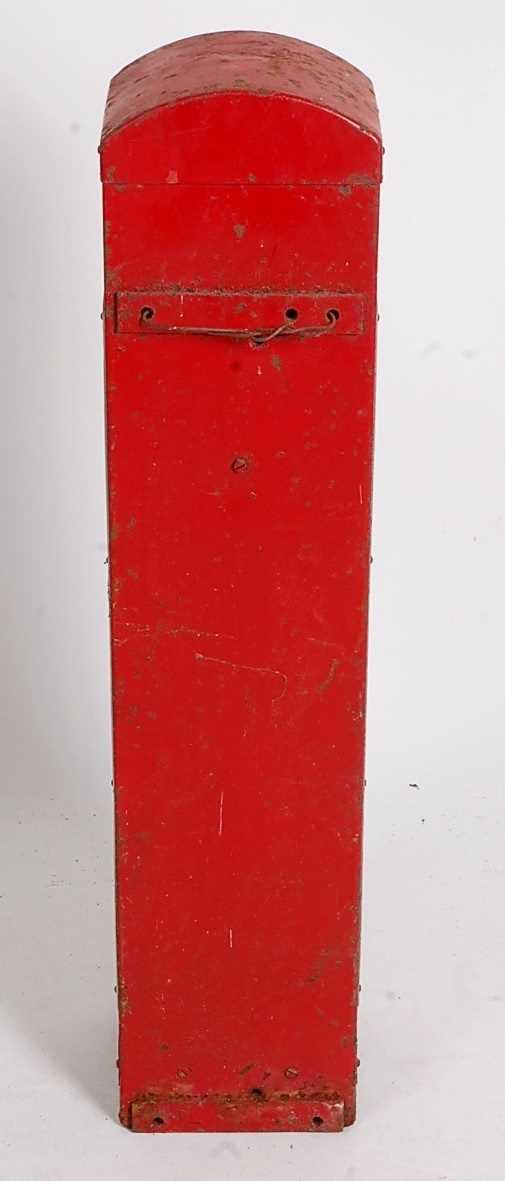 Original Circa 1930s Craven A Cigarette Dispenser/vending Machine, red and silver, suitable for - Image 5 of 5