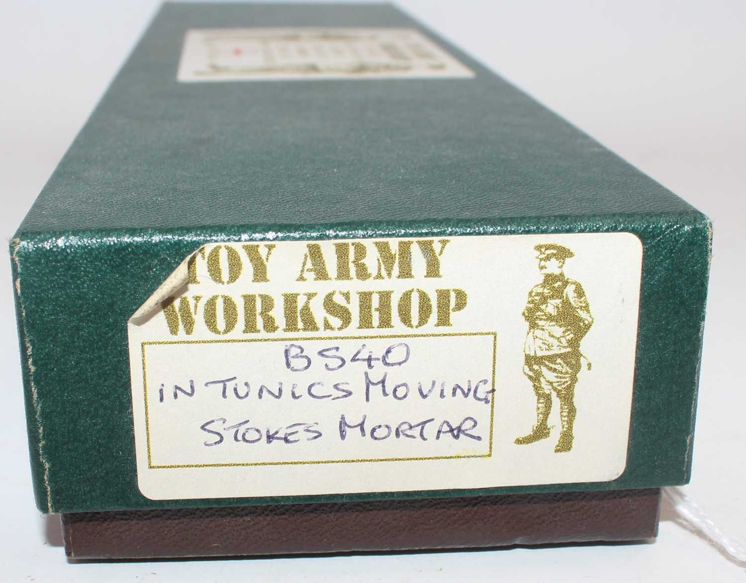 A Toy Army Workshop of the United Kingdom, white metal No. BS40, British Infantry moving Stokes - Image 2 of 2