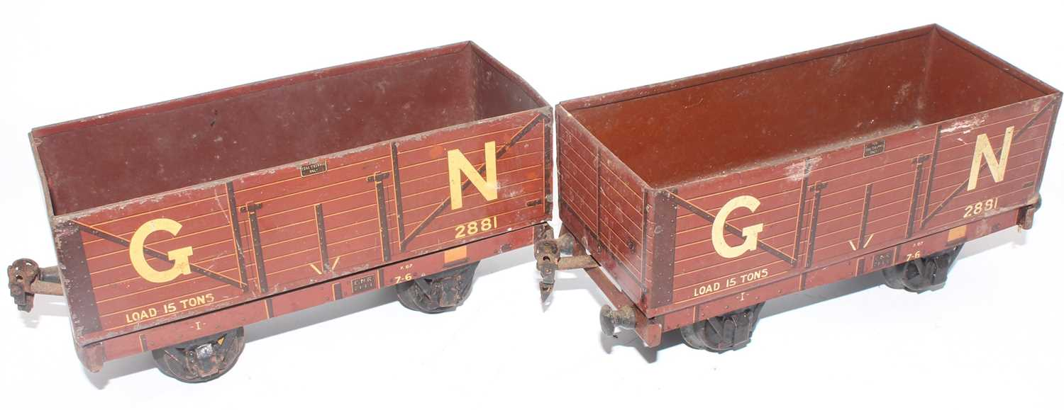 """Gauge 1 Marklin for Gamages:- two 7 plank 15 tons open wagons """"GN"""" no. 2881, 3 of 4 buffer beams"""