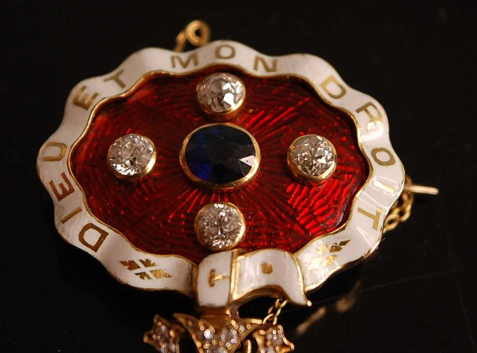 A yellow metal, sapphire and diamond enamel brooch, comprising an oval panel in red guilloche enamel - Image 4 of 9