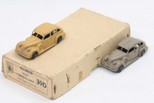 """Dinky toys no.39d Buick """"Viceroy"""" saloon original Trade box with 2 original age-worn models."""