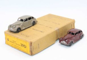 """Dinky toys no.39d Buick """"Viceroy"""" saloon Trade box with 2 original age-worn models."""