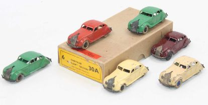 """Dinky Toys original no.30a Chrysler """"Airflow"""" Saloon Trade Box with Hudson Dobson label, complete"""