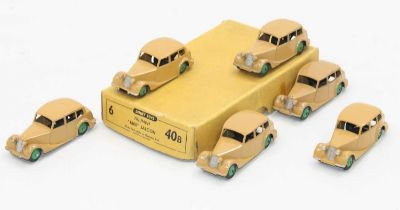 Dinky 40b original Trade box of Triumph 1800 saloons in fawn with some age-related wear.