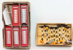 A Trade box of Dinky Toys No.6 5x Telephone Boxes (one damaged) with dividing card (G-BVG), together