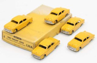 """Dinky Toys 139a original Trade box containing 5 ford """"Fordor"""" Sedan saloon cars, all in yellow"""