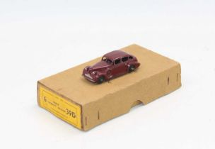 """Dinky Toys No.39d Buick """"Viceroy"""" saloon Trade box with one age-worn model."""