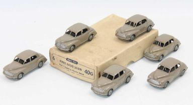 Dinky Toys 40g original Trade box of 6 Morris Oxford saloons in fawn all in excellent condition