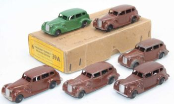 """Dinky Toys No.39a Packard """"Super 8"""" Touring sedans in original Trade box containing 6 examples in"""
