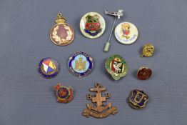A 1915 Ranelagh Club enamelled membership fob medallion together with sundry other badges etc