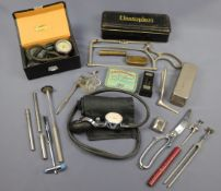A quantity of vintage medical instruments