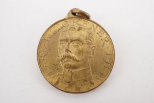 """A 1915 Earl Kitchener """"To Arms Ye Sons of Britain"""" medallion"""