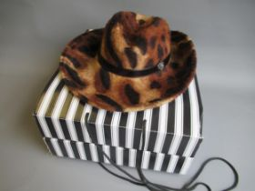 Walter Wright ' Christies ' fur felt trilby hat, complete with original packaging