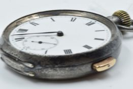 Early 20th Century gun metal cased open face pocket watch, the enamel dial with Roman numerals and