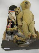 Small collection of various teddy bears and dolls etc.