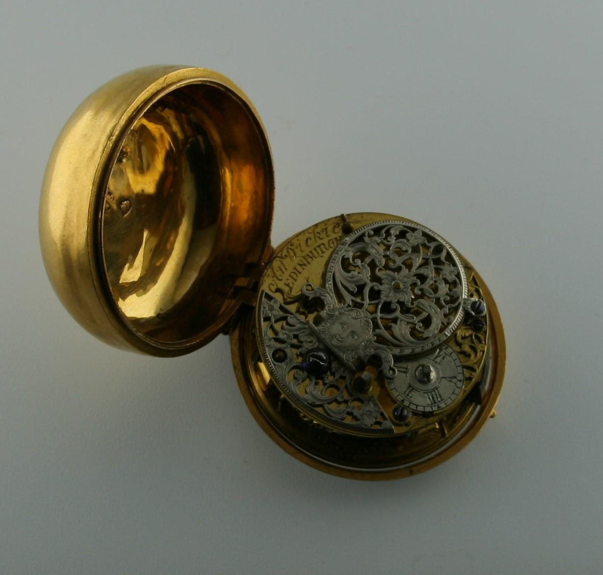 AN 18TH CENTURY GOLD PAIR CASED POCKET WATCH BY ANDREW DICKIE the signed gold dial with Roman - Image 3 of 6