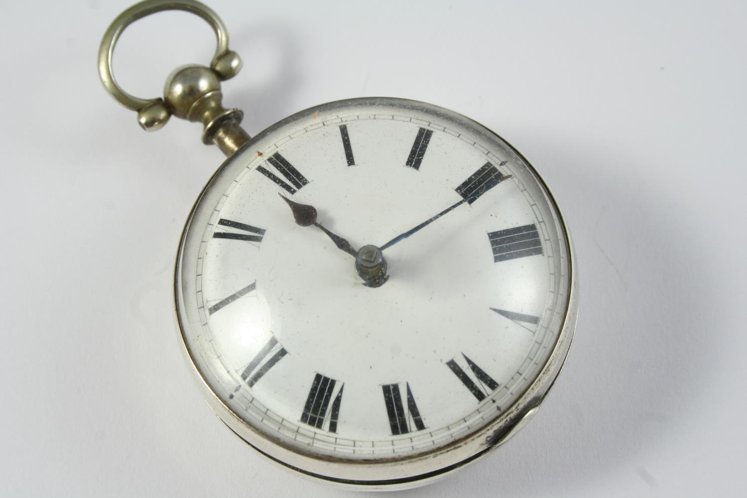 A SILVER PAIR CASED VERGE POCKET WATCH the white enamel dial with Roman numerals, the movement - Image 6 of 6