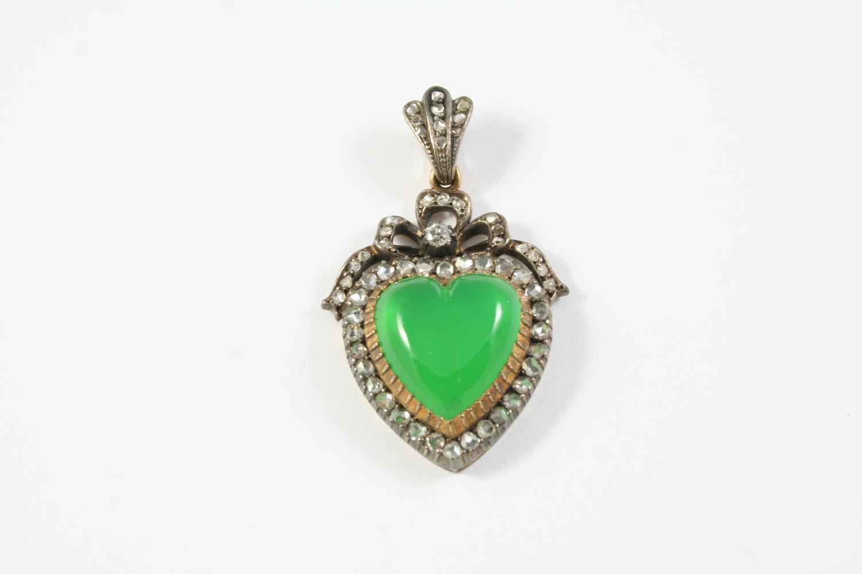 A VICTORIAN CHRYSOPRASE AND DIAMOND HEART-SHAPED PENDANT the heart-shaped chrysoprase is set