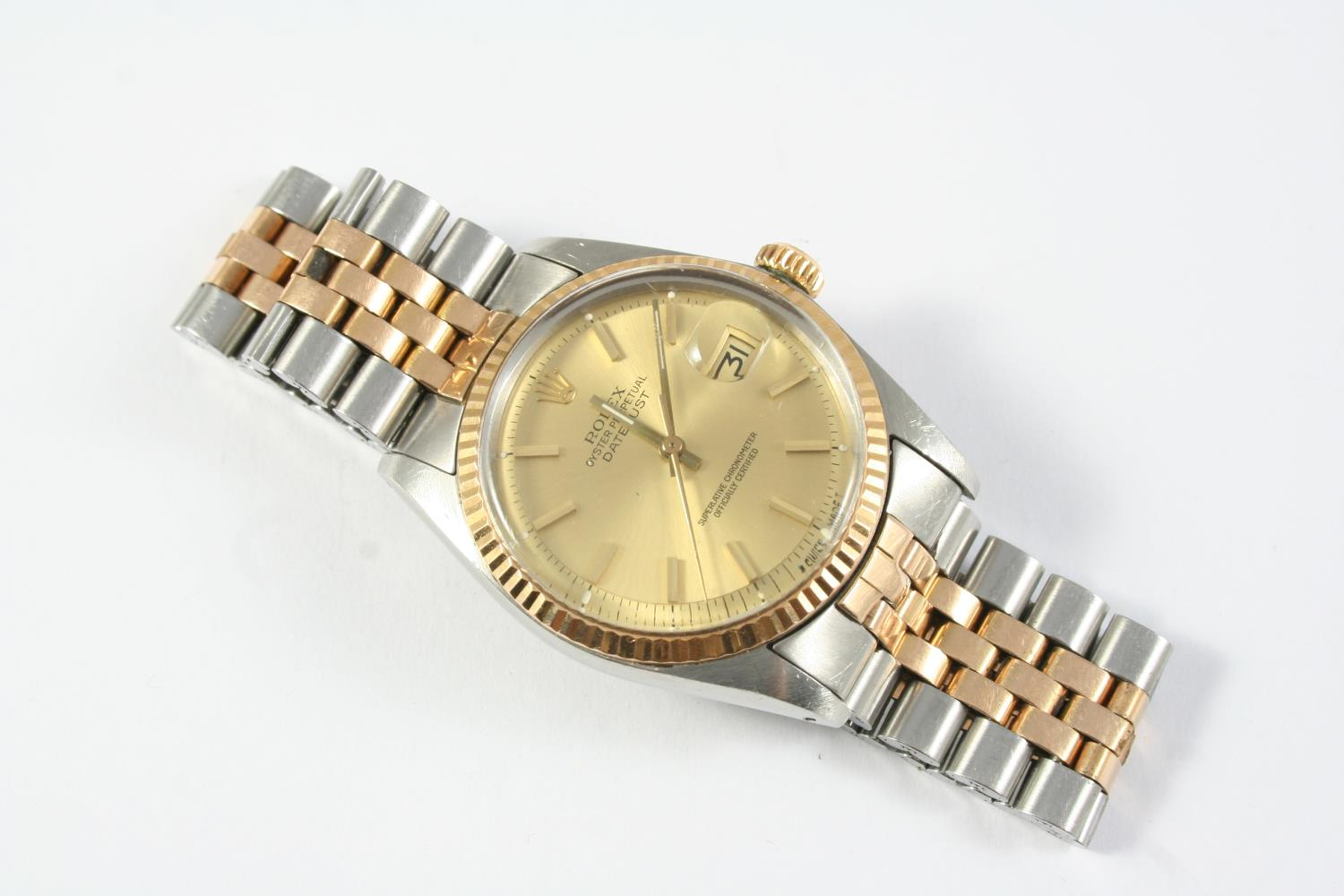 A GENTLEMAN'S STAINLESS STEEL AND GOLD OYSTER PERPETUAL DATEJUST WRISTWATCH BY ROLEX the signed