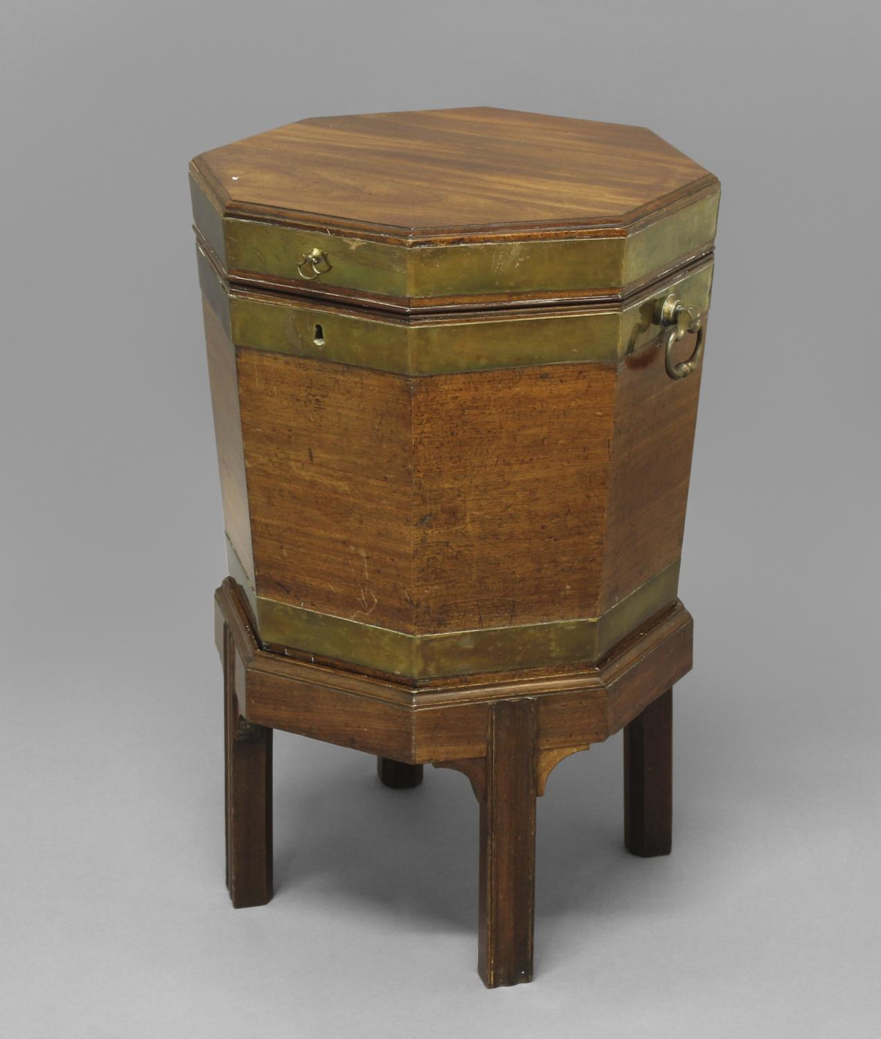 A GEORGE III BRASS BOUND MAHOGANY WINE COOLER ON STAND, of octagonal form with lead lined - Image 2 of 2