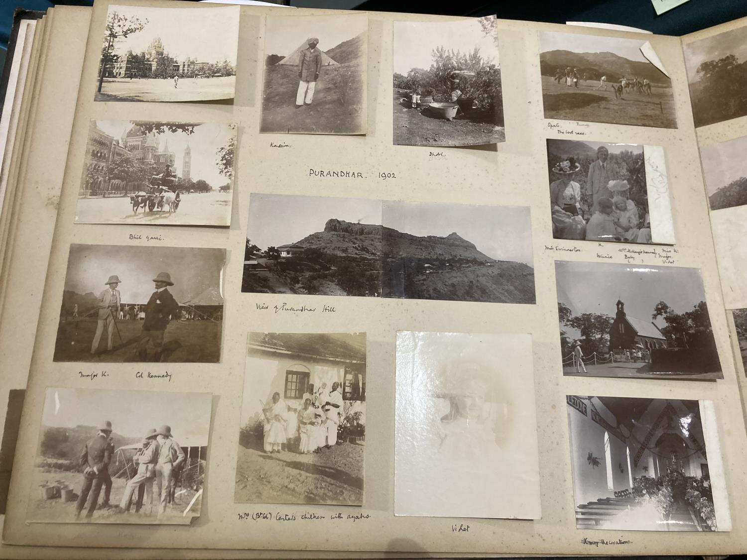 India. An early twentieth-century photograph album containing approx. 120 mounted photographs - Image 3 of 10