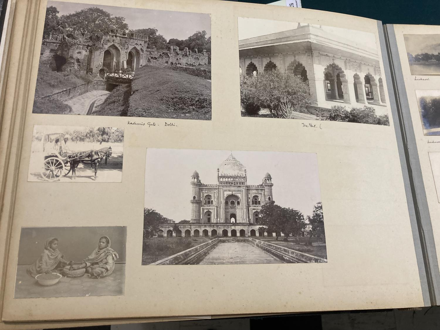 India. An early twentieth-century photograph album containing approx. 120 mounted photographs - Image 9 of 10