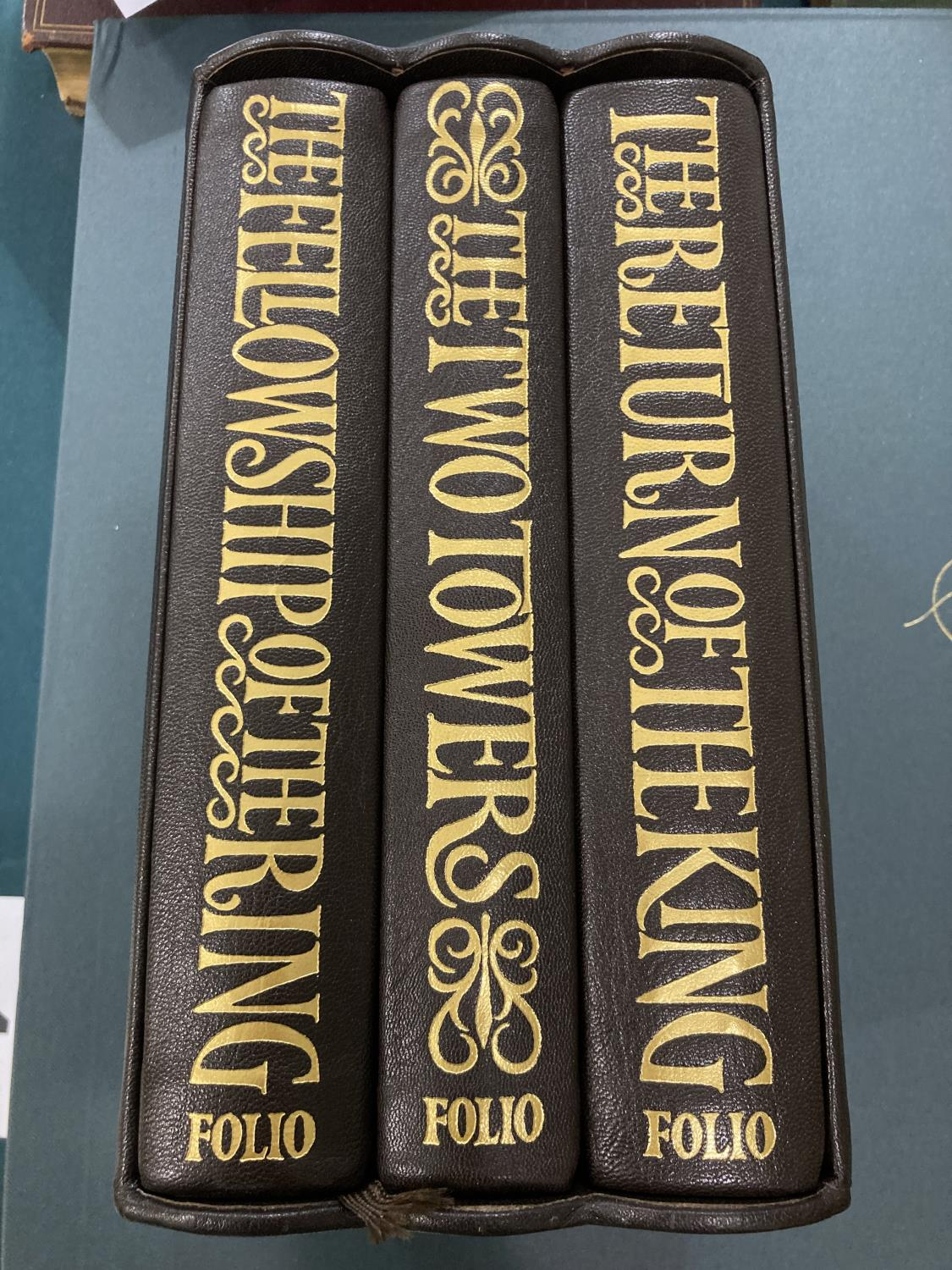 Folio Society. A group of 74 volumes, mostly literature and poetry, various bindings, most with - Image 15 of 20