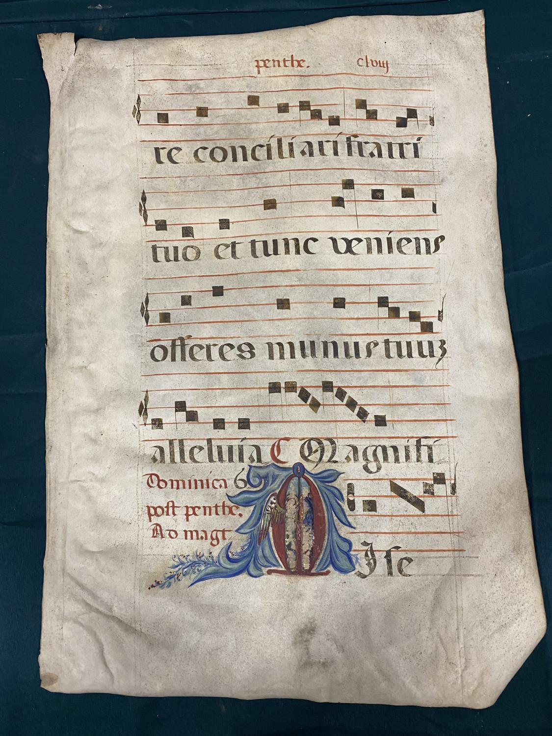 Early Music. A single manuscript leaf of music, on vellum, recto verso, decorated initial with - Image 2 of 2