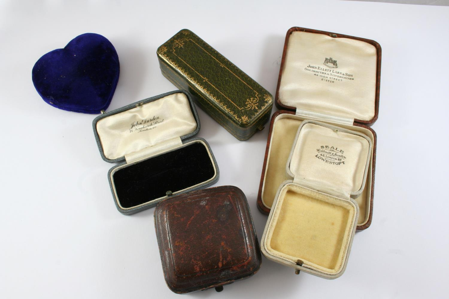 A LARGE QUANTITY OF ASSORTED ANTIQUE JEWELLERY BOXES - Image 4 of 8