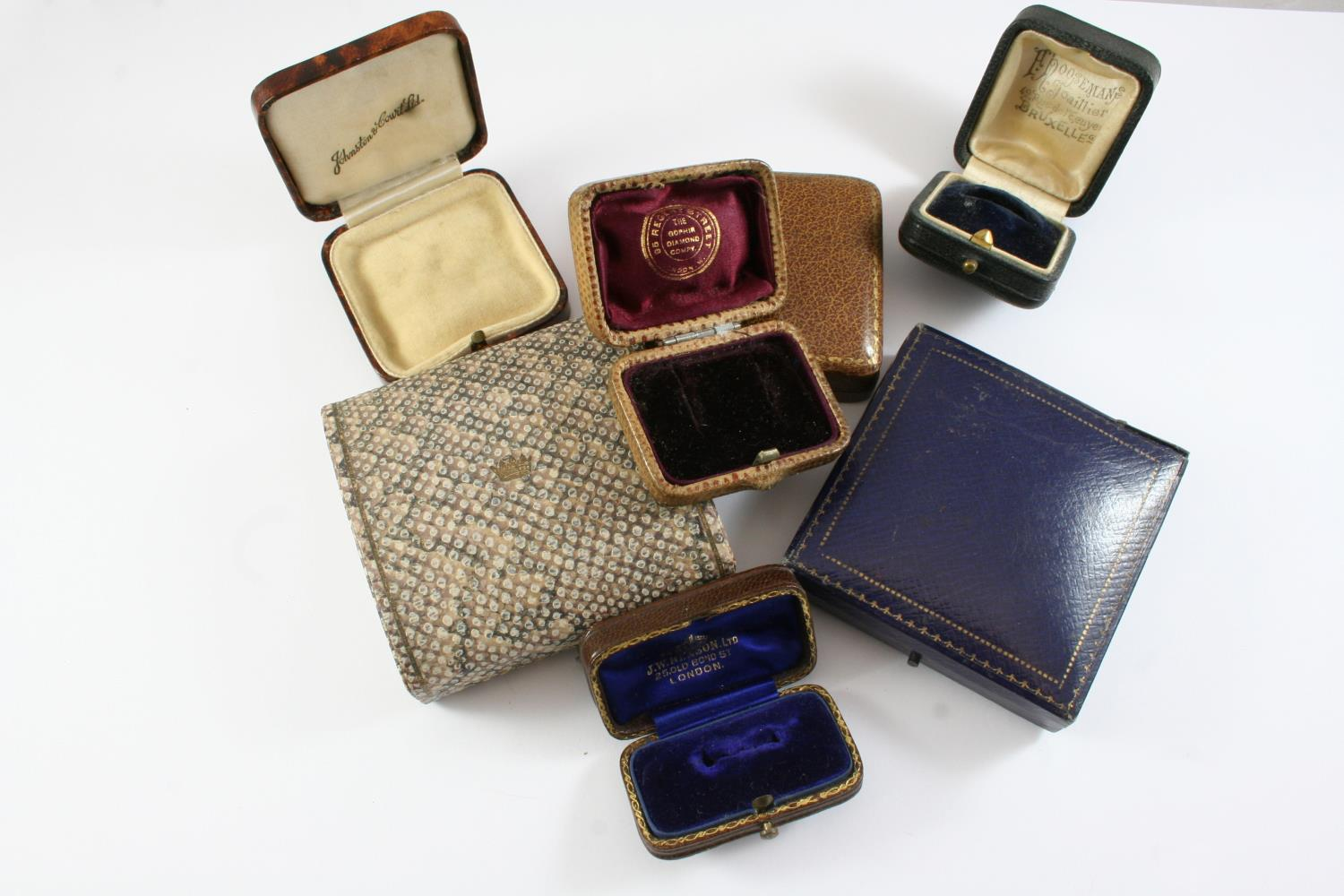 A LARGE QUANTITY OF ASSORTED ANTIQUE JEWELLERY BOXES - Image 5 of 8