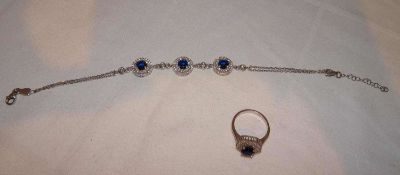 Schmuckset, 925er Silber, bestehend aus 1 Armband, Länge ca. 22,5 cm, sowie 1 Ring, Ringgröße 56
