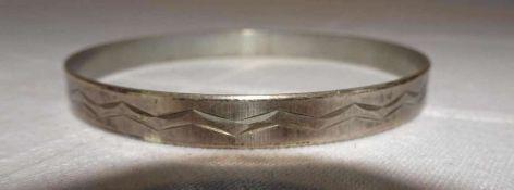 Armreif, 835er Silber, Durchmesser ca. 13,1 grBangle, 835 silver, diameter approx. 13.1 g