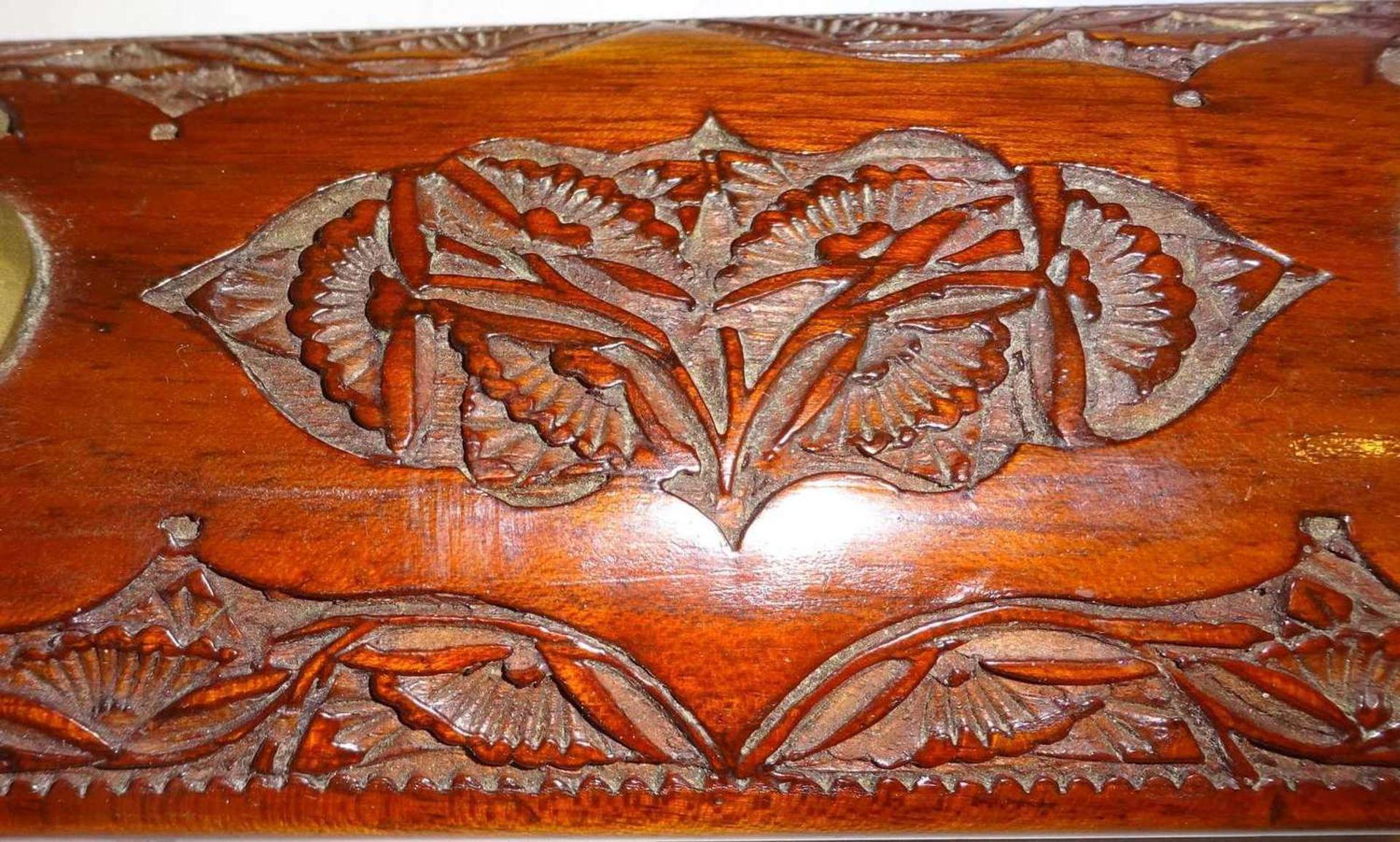 handgearbeitetes Tranchierbesteck, Messing/Holz. Indien, sehr guter Zustand. Länge ca. 43 cm - Image 2 of 3