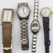 Lot Damenarmbanduhren, insgesamt 4 Stück, getragener, recht guter Zustand.Lot of ladies' wristwatc