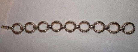 Armreif, 835er Silber, offene Ringschiene. Gewicht ca. 20,7 gr.Bangle, 835 silver, open ring band.