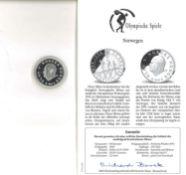 Norwegen, Olympische Spiele 50 Kroner Lillehammer 1994, 925er Silber, Familie auf Skiern. Mit Zerti