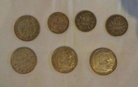 Lot Silbermünzen, bestehend aus 4x 5 Reichsmark (3x Hindenburg, 1x Garnisionskirche), sowie 3x 1