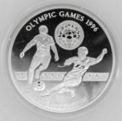 Olympische Spiele Bhutan, 300 Ngultrums, 925/1000 Silber. Fußball. Mit Zertifikat.Olympic Games Bh